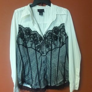 Torrid white and black lace shirt